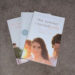Other - 🌺 The Summer I Turned Pretty book series